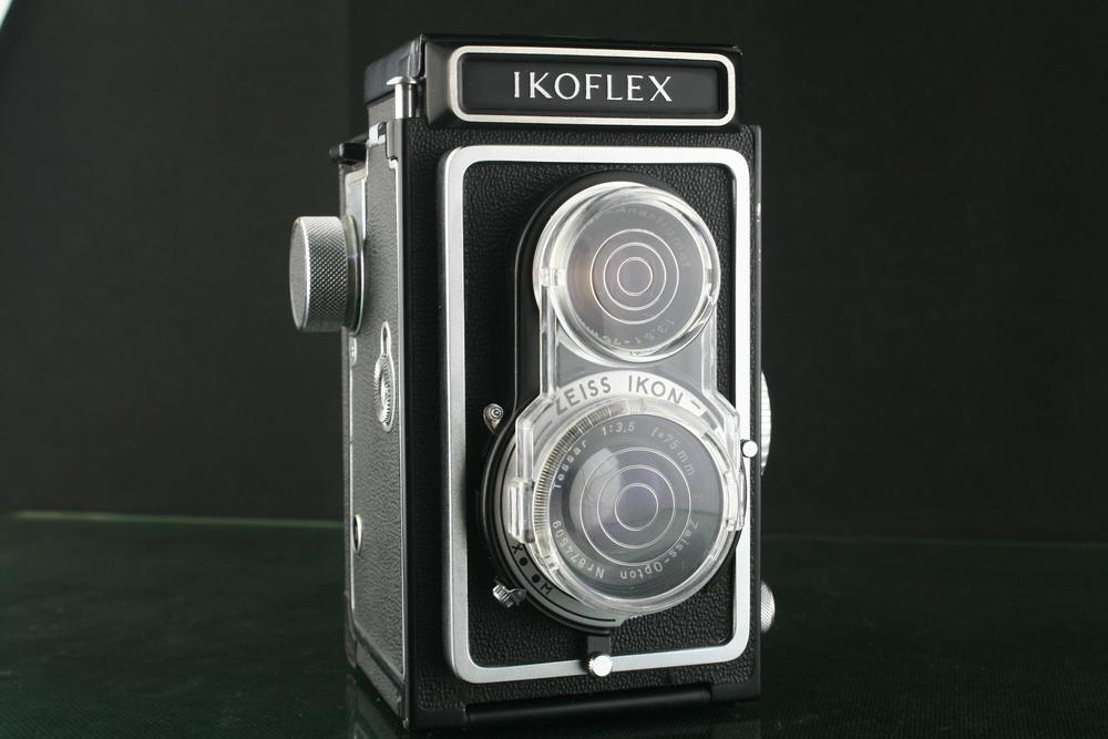 19004---极品成色ZEISS 蔡司双反相机