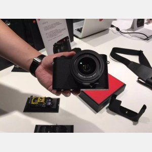 徕卡Q  便携机皇 无与伦比的全画幅诱惑 徕卡相机专卖店 010-56126168 现货特价促销中