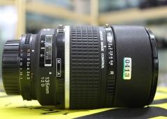 0413#尼康 AF 135mm f/2D DC 中长焦定焦镜头