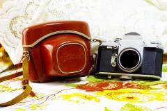 580元包邮,成色不错,M42口,德国EDIXA REFLEX单反,可以拍摄,原装皮套