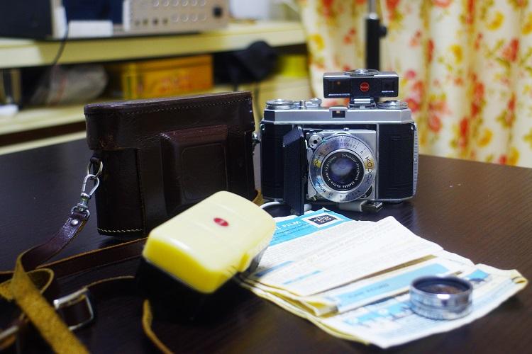 780元,柯达雷丁娜KODAK RETINA 1A旁轴相机小全套,配原装皮套