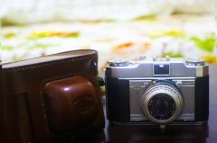 690元包邮,法国索姆SOM BETTHIOT50/2.8+SAVOY旁轴相机,带原厂皮套