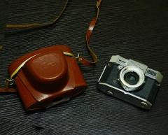 (稀少)德国布朗单反相机BRAUN PAXETTE REFLEX,原装皮套,正常拍摄