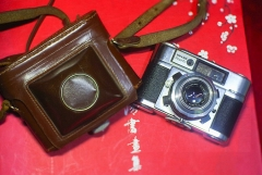 德国BRAUN PAXETTE旁轴相机M39罗口+施耐德50mm/2.8,原装皮套,正常拍摄