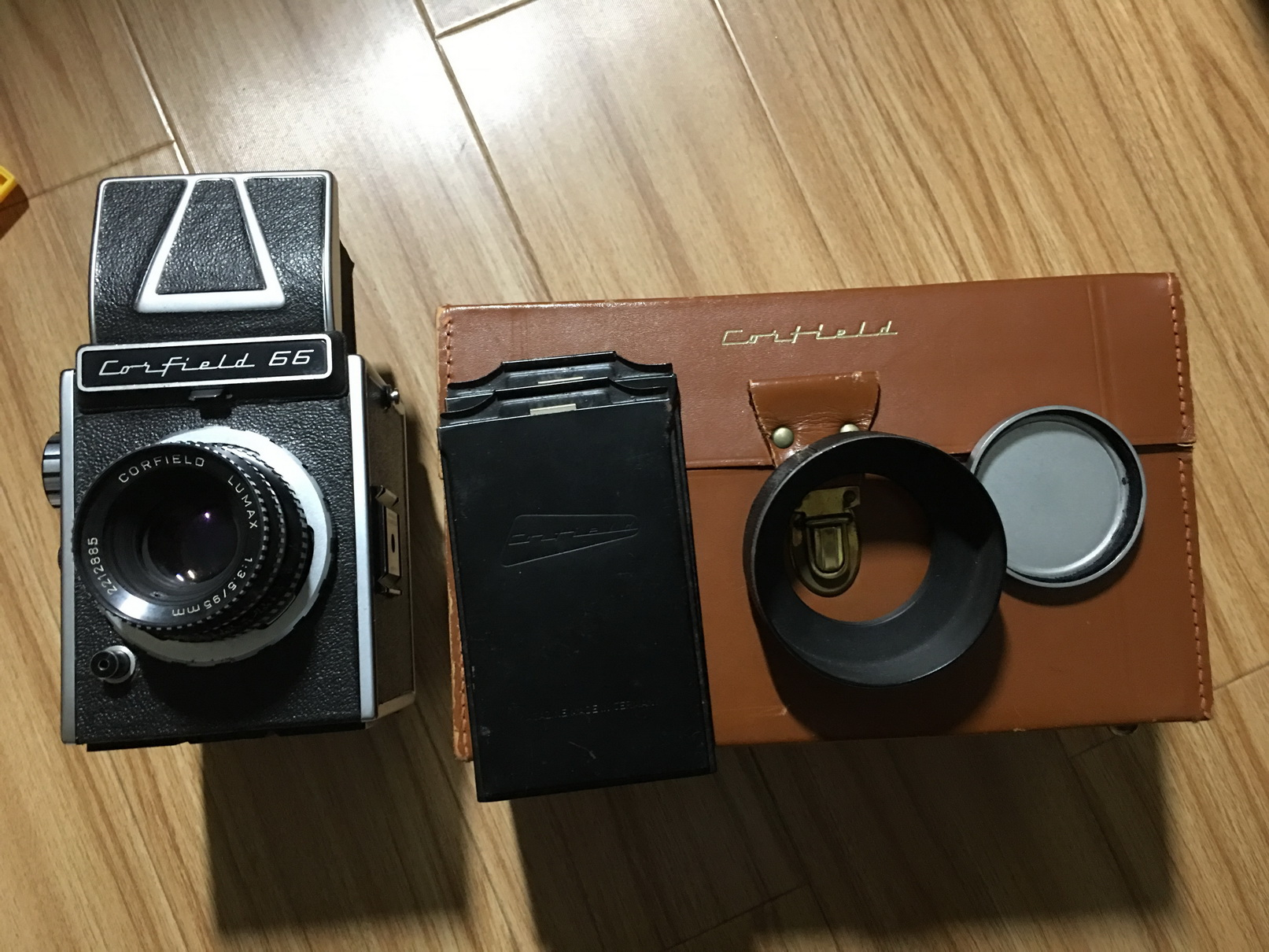 英国Corfield 66中画幅相机