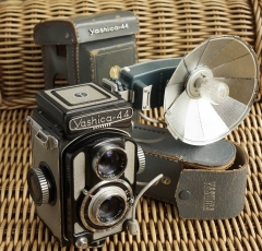 YASHICA 44黑漆版连扇灯