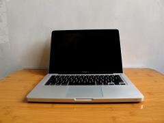 苹果MacBook pro,I5 2.3G,8G三星原厂内存,480G全新固态保三年。