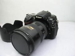 尼康D300机身+尼康AF-S 17-55 F2.8G镜头,套出价格2558元