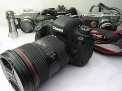 佳能EOS 6DII机身+佳能24-70mm F2.8 L II USM二代单反镜头,价格14988
