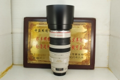 佳能 100-400 F4.5-5.6L IS 大白 超长焦 单反镜头 专业红圈 带防抖 可置换