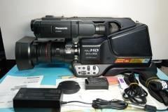 99新Panasonic/松下 HC-MDH2GK 全高清专业摄像机 婚庆视频录像机