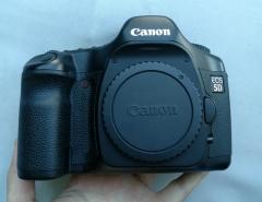 收藏级成色佳能老5d全幅单反相机 带原装手柄
