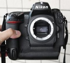 ③尼康 D2X 数码单反相机