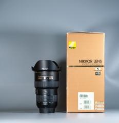 三只尼康镜头,AF-S16-35/4G、AF85/1.4D、AF-S105/2.8G微距