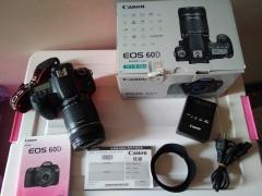 佳能60D单反相机 带18-135原装镜头,全套箱说快门8000多次
