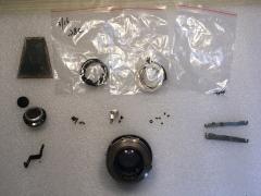 禄来2.8C零配件 包括Xenotar镜头组,快门总成,一些螺丝等。