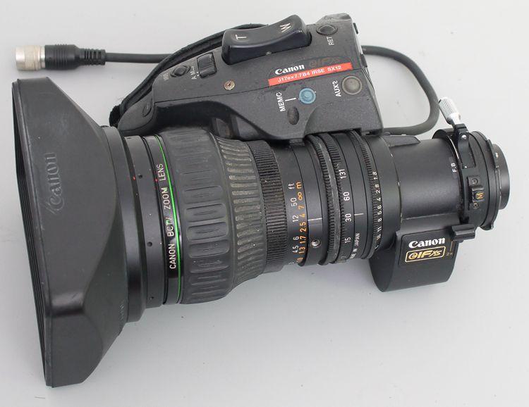佳能 7.7-131mm 1:1.8 带2×增距覆盖M4/3广播级摄像机镜头B4口