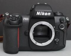 尼康 F100 胶卷单反相机 9成新 功能正常
