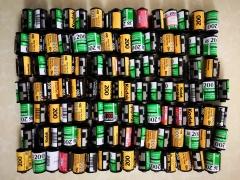 100个135胶卷的空铁筒(做文化墙或者装分装胶卷用)=115元包邮