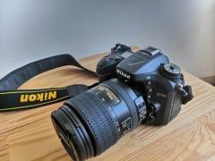 尼康D7100机身 + 18-300  AF-S  f/3.5-6.3G 镜头